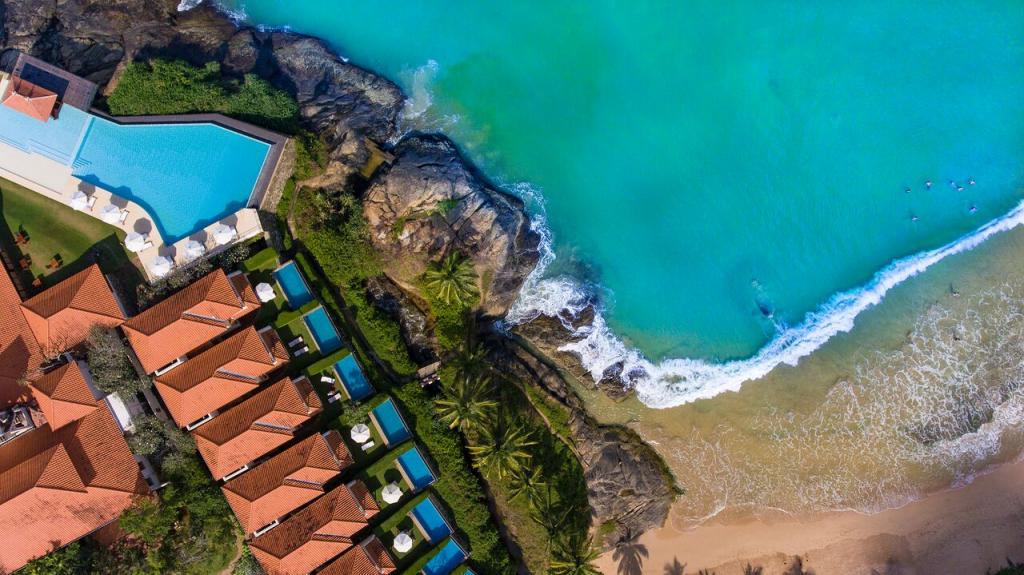Saman villa resort