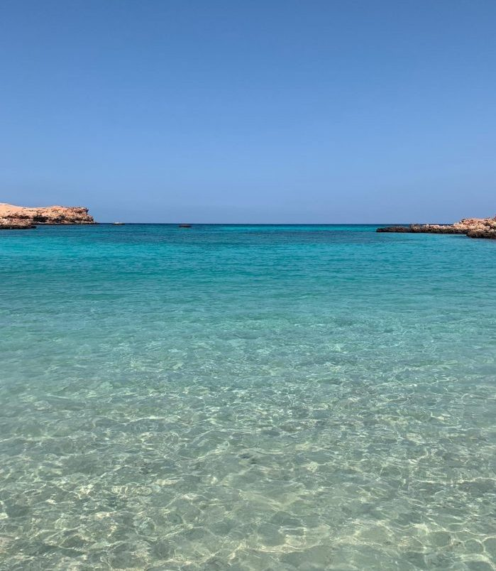 crystal clear waters of daymaniyat islands oman halal travel oman natural beauty spots